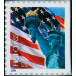 #3972 Flag & Lady Liberty, Non-Denominated (39¢) Single from Convertible Booklet